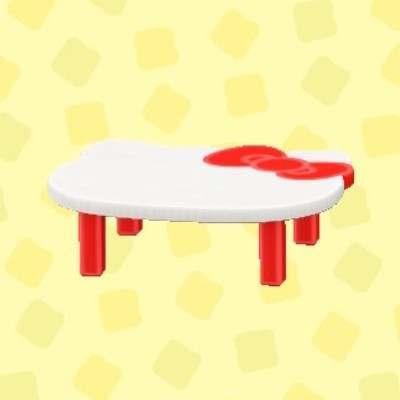 ハローキティなテーブル