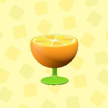 オレンジのサイドテーブル