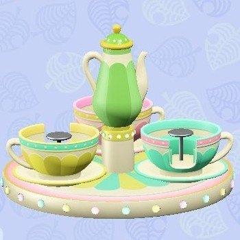 まわるコーヒーカップ緑