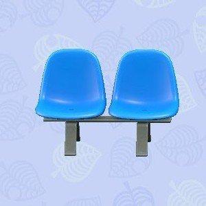 パブリックベンチ青
