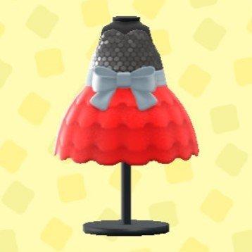バブルドレスのレッド
