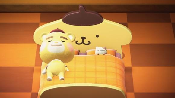 ポムポムプリンなベッド飾る