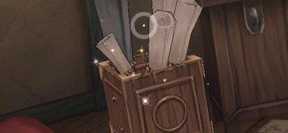 屋根裏紙の入った箱